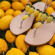 Dettagli 🍋 • • Worldwide 🌎 shipping  • • #lemon#crystals#styleinspiration#fashion#italiandesign#designer#sandali#handmade#positano#amalficoast#italy#handmade#handcrafted#custom#madeinitaly🇮🇹