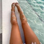 Possibile in tutti i colori ❤️  #nanapositano #fashion #style #stylish #sandals #purolino #modapositano #photooftheday #positanofashion #madeinitaly #beauty #beautiful #instagood #pretty #jewelsandals #handemade #swarovski #sandalicapresi #sandaliswarovski #caprisandals #design #shopping #glam #followback #likeforlike #positano #boutiquepositano #sandaligioiello #sandali