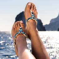 TRINITY style in tutto il suo splendore. ✨   Disponibile ora sul nostro sito web: WWW.NANAPOSITANO.IT  #capri#faraglioni#italy#positano#amalficoast#fashion#style#stylish#design#highheels#woman#sandals#custom#handmade