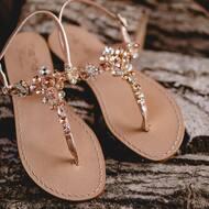 Attention to the smallest details and passion create precious products.❤️ • • • • #jewelry#fashion#handmade#sandals#positano#fashion#designer#italiandesign#italia#boutique#positivity#positano#madeinitaly🇮🇹