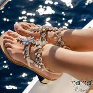 Lasciati avvolgere dalla luce di una doccia di cristalli ✨   C.Cameron style disponibile ore online.  Visita : www.nanapositano.it   #capri#sandali#design#fashion#moda#stylish#style#handmade#custom#madeinitaly#italy#capri#positano#amalficoast