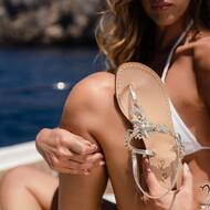 Get the perfect summer feeling wearing our Mara Sandals 💧  Discover more on WWW.NANAPOSITANO.IT   #womanswear#sandali#handmade#custom#madeinitaly#italy#amalficoast#customized#sandaligioello#crystals#positano