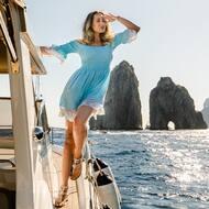 Persino il cielo trattiene il fiato quando vede i Faraglioni di Capri. 💙   #luxury#sandali#sandals#capri#positano#italy#madeinitaly#fashion#design#style#positano#italy