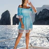 Qui sotto il cielo di Capri. 💙 🎶   C.Cameron style disponibile ora sul nostro sito web: WWW.NANAPOSITANO.IT   #design#sandali#style#fashion#italy#capri#positano#sea#boat#amalficoast#paradise#crystals#italy#custom#madeinitaly