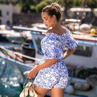 Elsa style realizzato con cristalli Aquamarine e blu Sapphire 💎 💙   DISCOVER MORE ON : WWW.NANAPOSITANO.IT   • Worldwide 🌍 shipping 📦  • Customisable Sandals  • Handmade in Positano 🇮🇹   #luxury#handmade#madeinitaly#crystals#artisian#woman#class#elegance#styleinspiration#blu#sea#boutique#nanapositano#positano#amalficoast