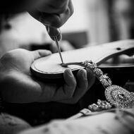 Handmade 🇮🇹  #handmade#madeinitaly#cuoiotoscano#verapelleitaliana#custommade#sandalias#sandaligioello#swarovski#crystal#positano#italia#fashionstyle#italiandesign#designer#boutique#nanàpositano ❤️