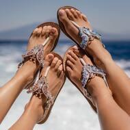 SUMMER VIBES 🦋   Discover more on WWW.NANAPOSITANO.IT  #butterfly#farfalla#designer#creation#style#sandali#cristalli#handmade#madeinitaly#italy#summer#summervibes#positano#amalficoast#worldwideshipping