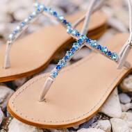 Details 💎  • • • • • • #details#crystals#luxury#fashion#designinspiration#designer#creativity#summervibes#italy#italiandesign#madeinitaly🇮🇹
