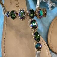 Modello #joelle completamente realizzato con Swarovski Crystal di colore #paradiseshine ! ✨  Worldwide shipping 🌍   #positano#italy#sandaligioello#luxurylifestyle#style#fashion#sandalicapresi#moda#creation#boutique#nanàpositano#madeinitaly ❤️