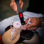 HANDMADE 💎🇮🇹  #nanapositano #fashion #style #stylish #sandals #purolino #modapositano #photooftheday #positanofashion #madeinitaly #beauty #beautiful #instagood #pretty #jewelsandals #handemade #swarovski #sandalicapresi #sandaliswarovski #caprisandals #design #shopping #glam #followback #likeforlike #positano #boutiquepositano #sandaligioiello #sandali